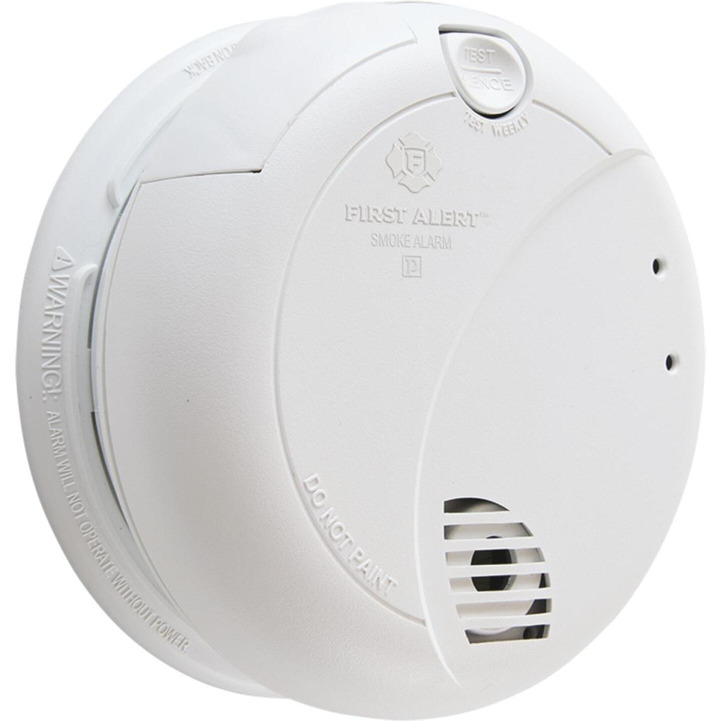 First Alert Plug-In 120V Photoelectric Smoke Alarm with Battery Back-Up Image 1